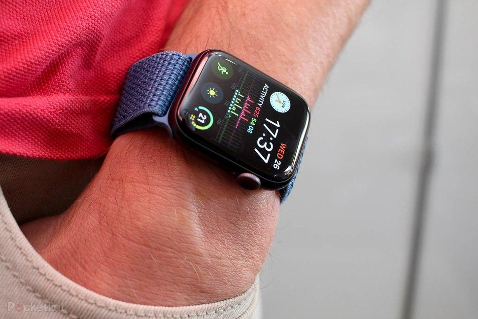 Apple Watch räddade livet på 87-åring