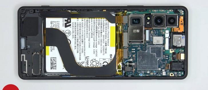 Sony Xperia 1 III plockas isär i ny video