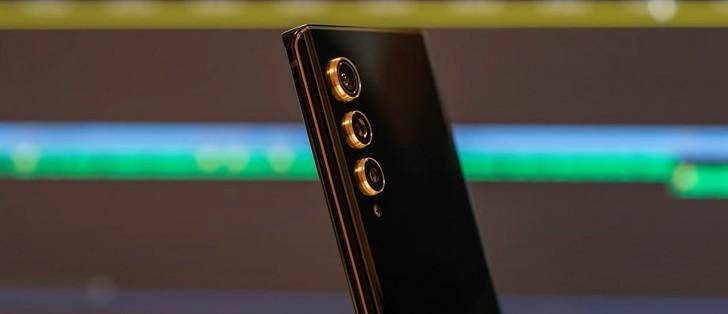 LG Velvet 2 Pro visas upp på bild
