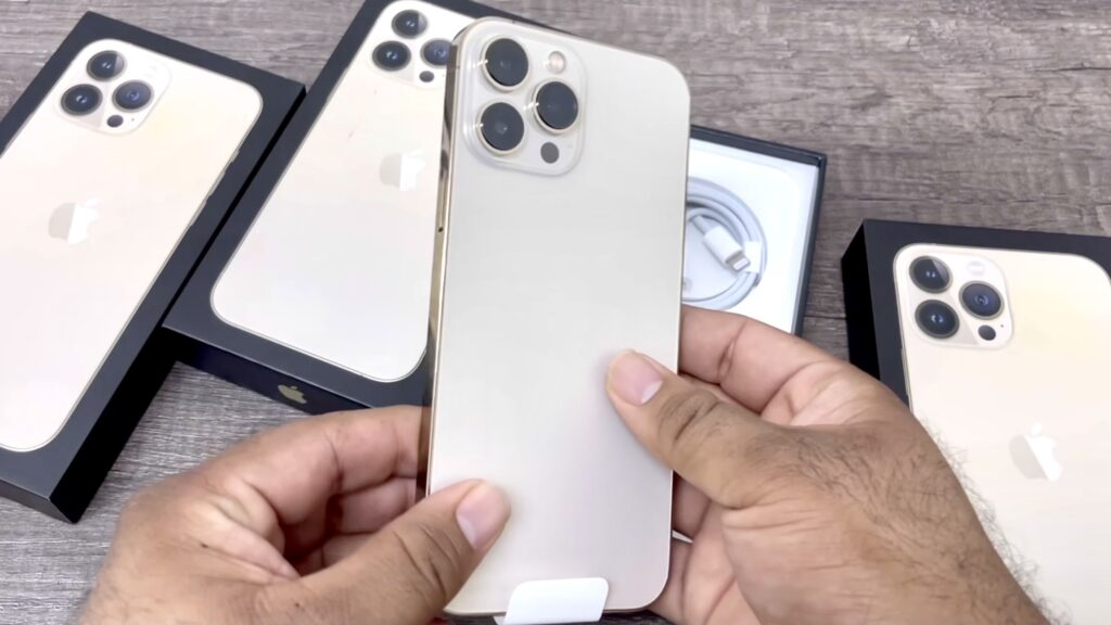 iPhone 13 Pro Max visas upp i unboxing video